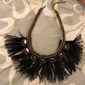 Stunning Stella & Dot Harper Feather necklace
